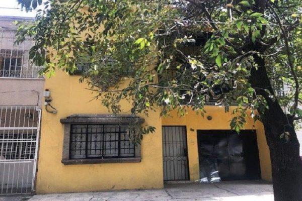 Casa en venta con uso de suelo para oficina en la Roma Sur